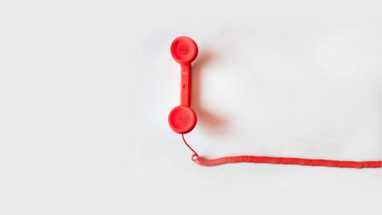 come acquistare casa all'asta a brescia due chiacchiere al telefono